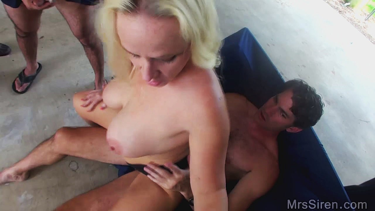 Erotic Photos Bbw handjob mature old granny teach