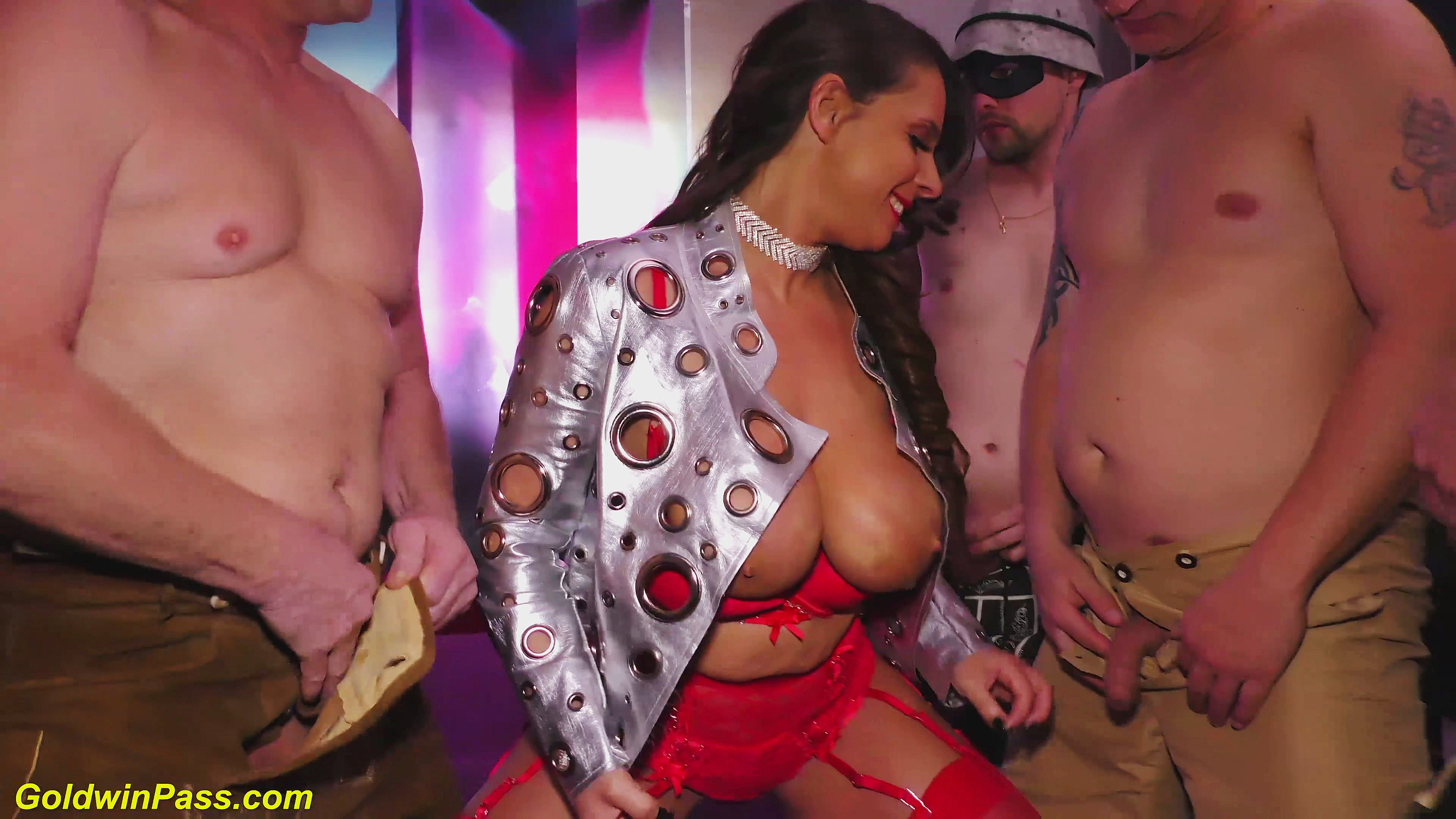 Porn clip girl getting ra