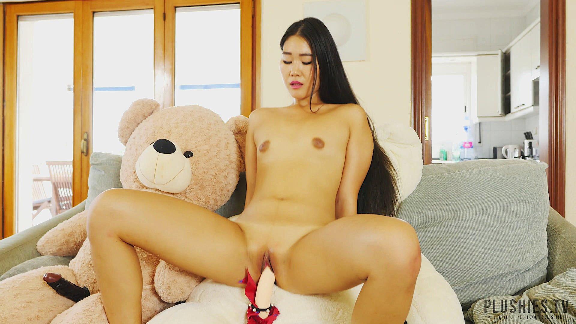 Teen humping her stuffed toy