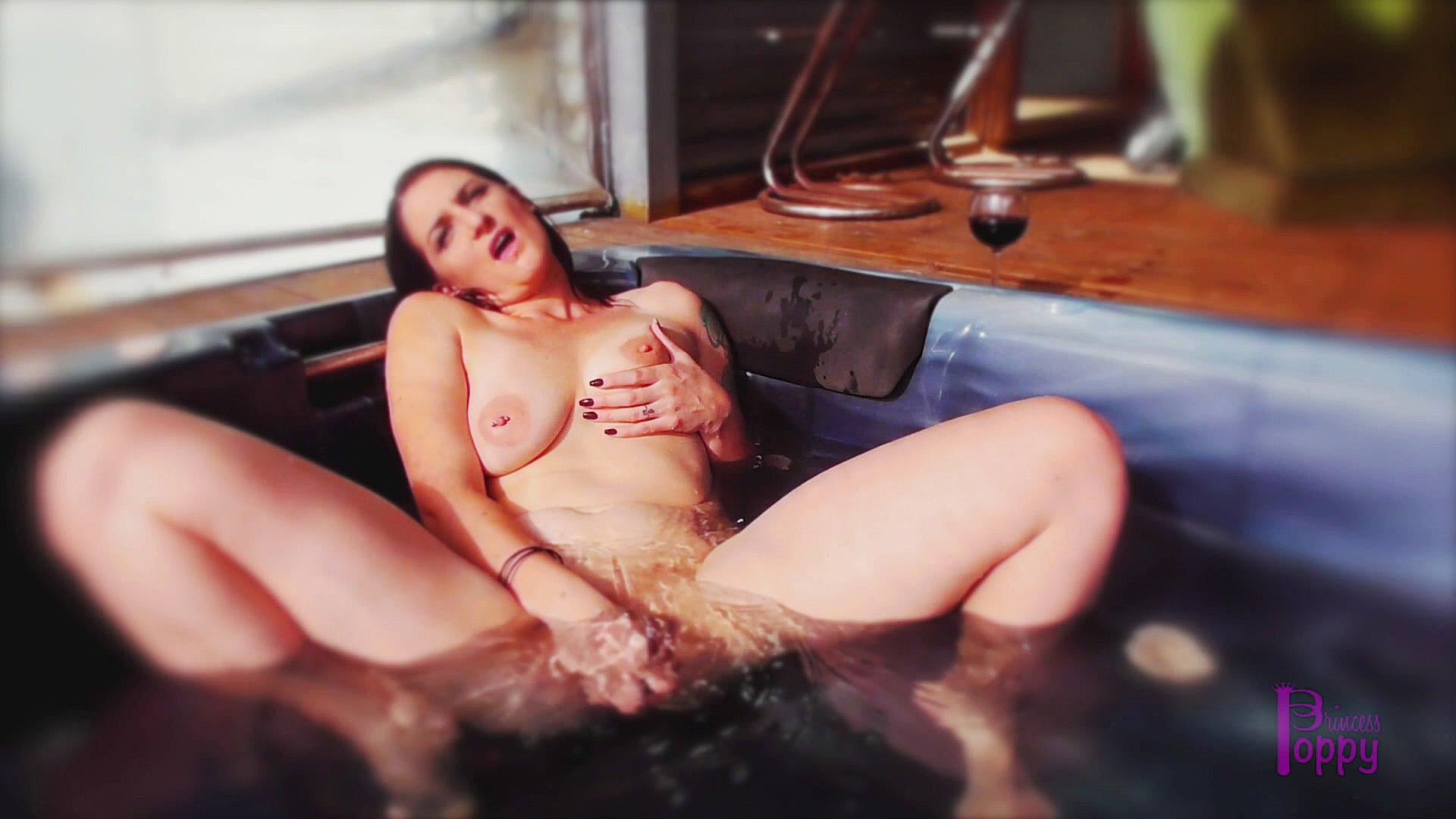 Wife funcking 2 cocks fucking videos