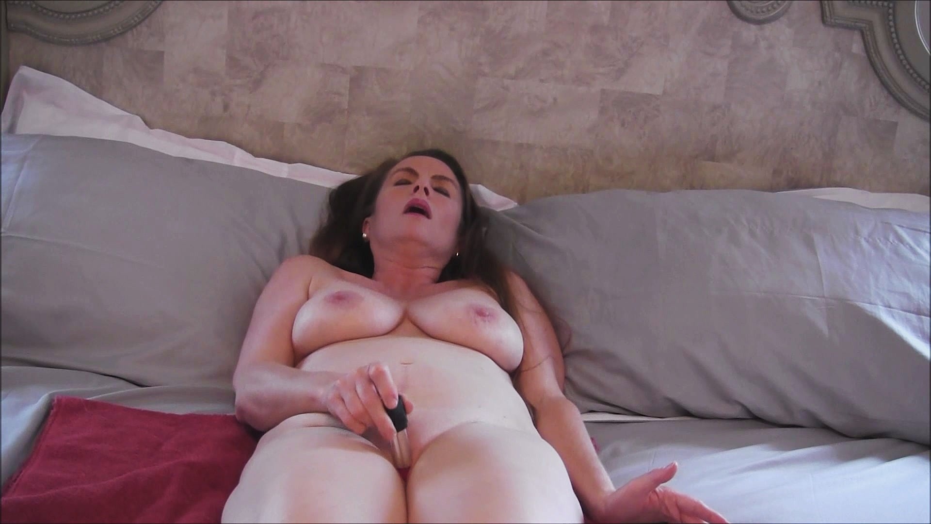 clit Back video massager
