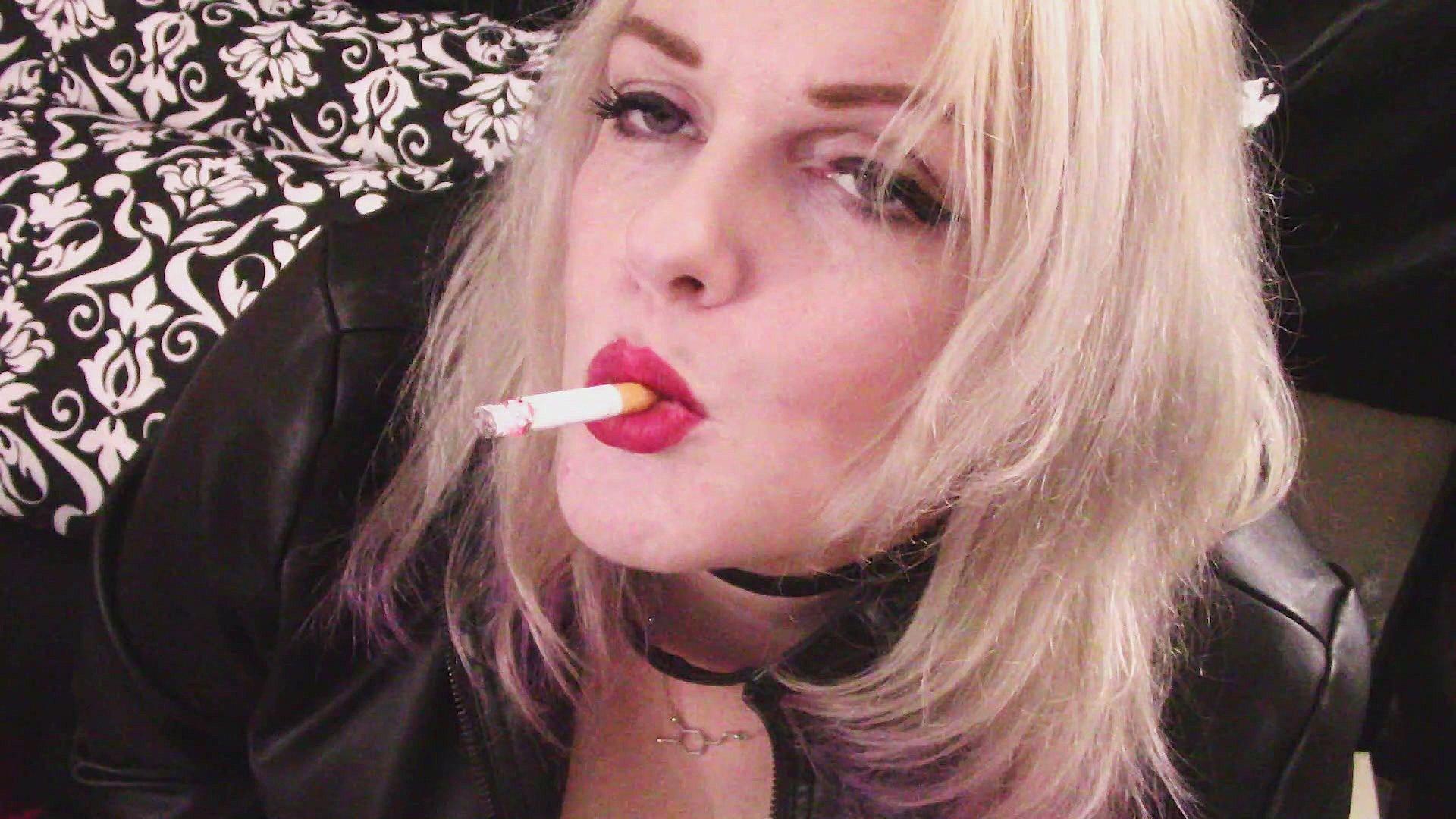 Michelle Thorne Smoking Fetish
