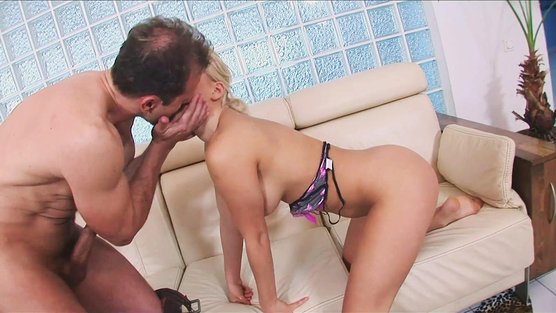 Porn Pix Aria nude in shower