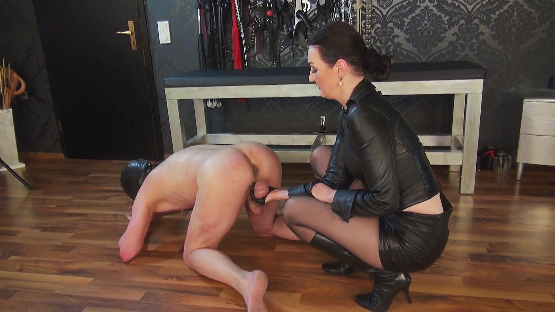 Ballbusting Bitches extreme cruel game: heavy ballbusting, cbt, croquet bat and
