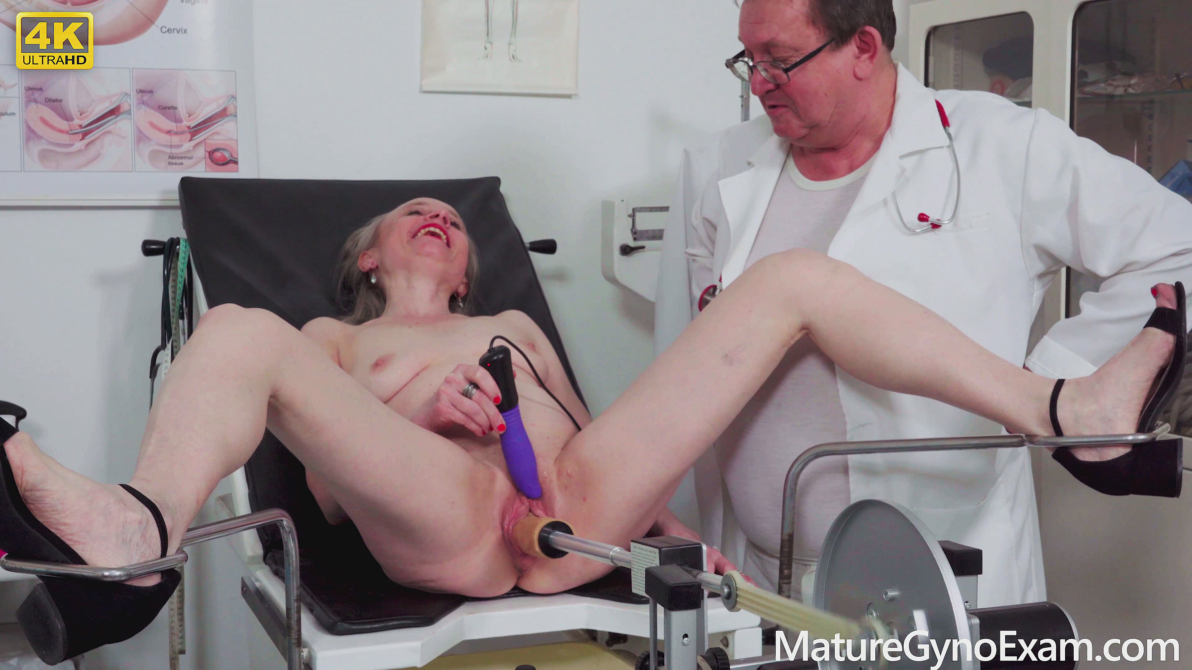 Senior Woman Made To Orgasm In Gyno Chair By Freaky Doctor -6590