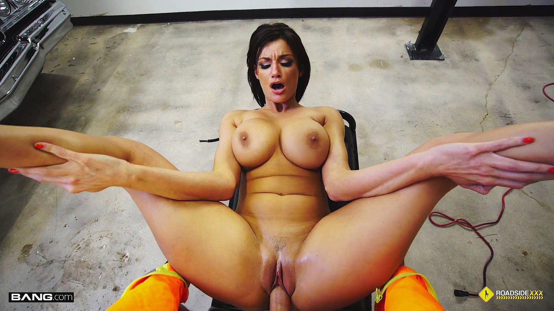 sexy momma Busty