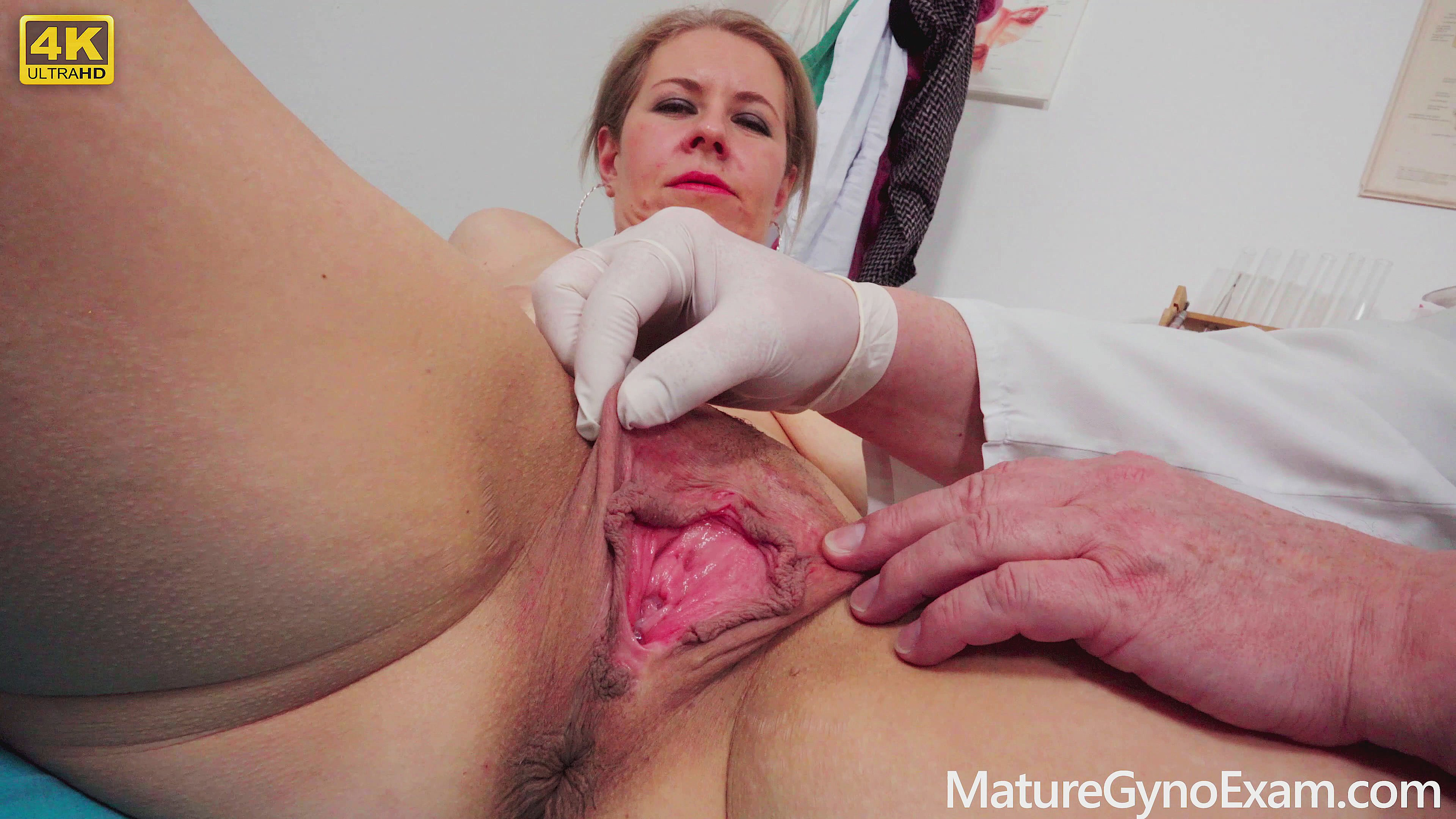 Pussy Inspection